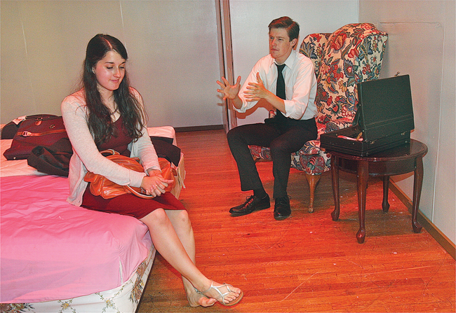 Danielle Allen and Patrick O'Brien play a married couple in the opening act of Neil Simon's comedy 'Plaza Suite.' (Credit: Barbaraellen Koch)