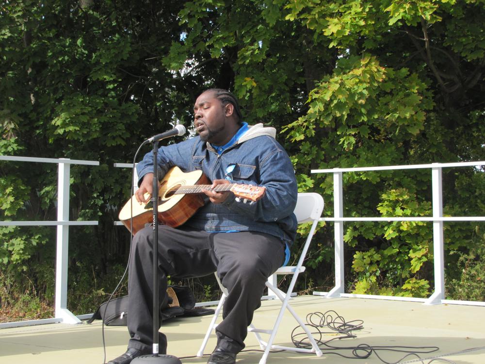 Singer Trevor Hardin of Riverhead performs (Credit: Tim Gannon)