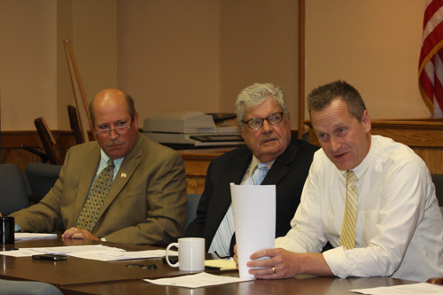 Councilmen Jim Wooten, John Dunleavy and Supervisor Sean Walter at a town board meeting last winter. (File photo: Barbaraellen Koch)