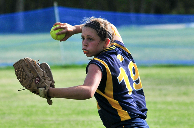 Shoreham-Wading River eighth-grader Nickey Ness looks to make a throw. (Credit: Bill Landon)