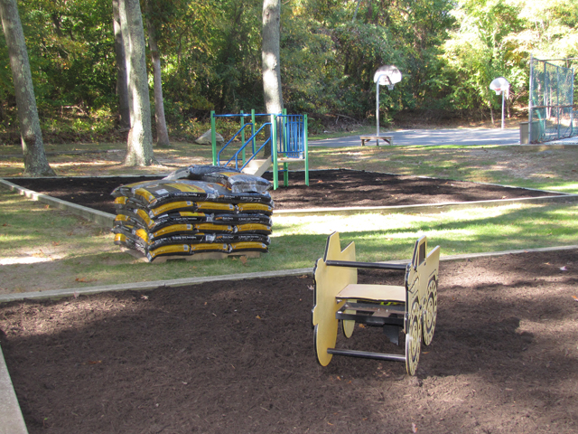 New mulch helped spruce up the park. (Credit: Tim Gannon)