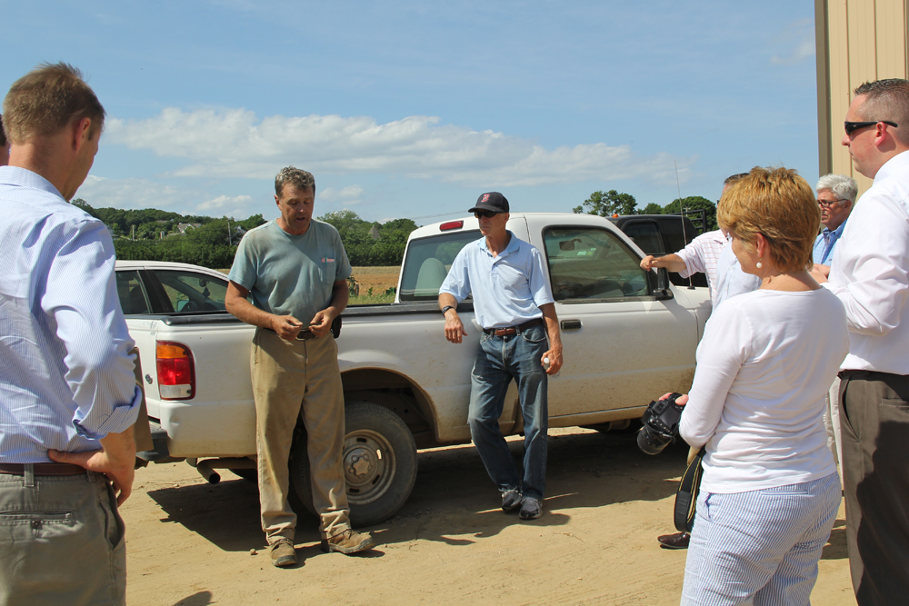 Phil Schmitt speaking with industry officials from upstate Wednesday afternoon. (Credit: Carrie Miller)
