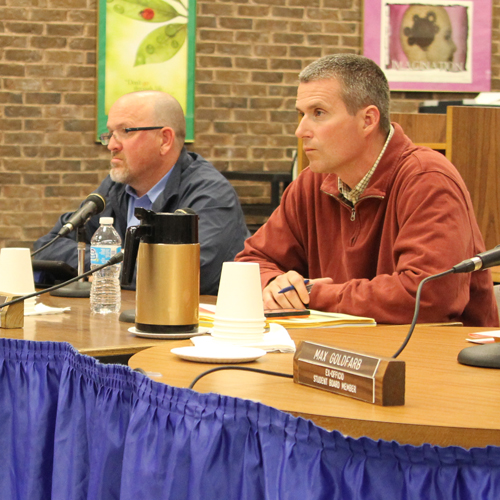 The Shoreham-Wading River Board of Education discussed better ways to handle dropped electives at its meeting Tuesday night. (Credit: Jennifer Gustavson)