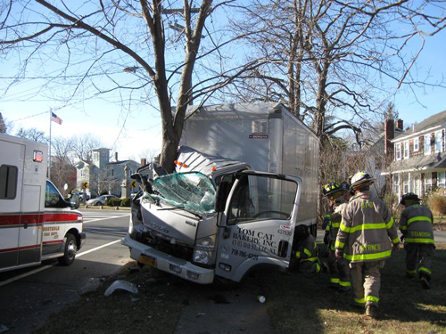 Delivery truck crashed into tree in Southold