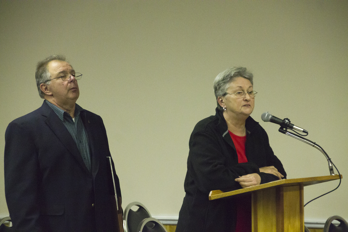 John and Margaret Skabry demand Tuesday night that the Southold Town Board not allow a shrimp farm to be built near their Peconic home.(Credit: Paul Squire)