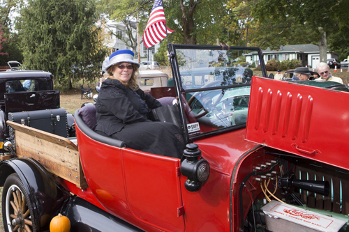 KATHARINE SCHROEDER PHOTO | Patty Horton of Manorville in her 1923 Ford Model T.