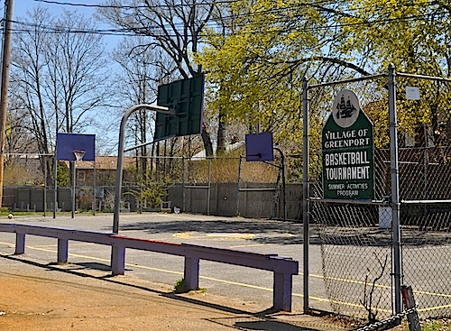 Village board members hope to resurface the basketball courts on Third Street. (Cyndi Murray photo)