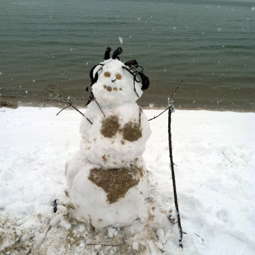 A beach snow woman created by Sophie, Victoria, and Anastasia Stapon. (Sophie Stapon courtesy photo)
