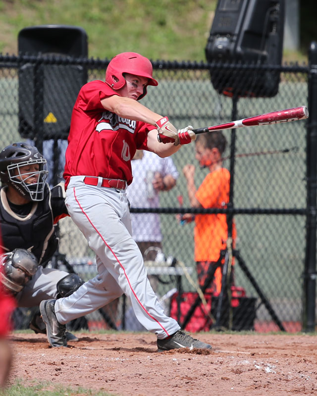 Dylan Clausen hit an RBI triple in the sixth inning, making the score 6-4. (Credit: Daniel De Mato)