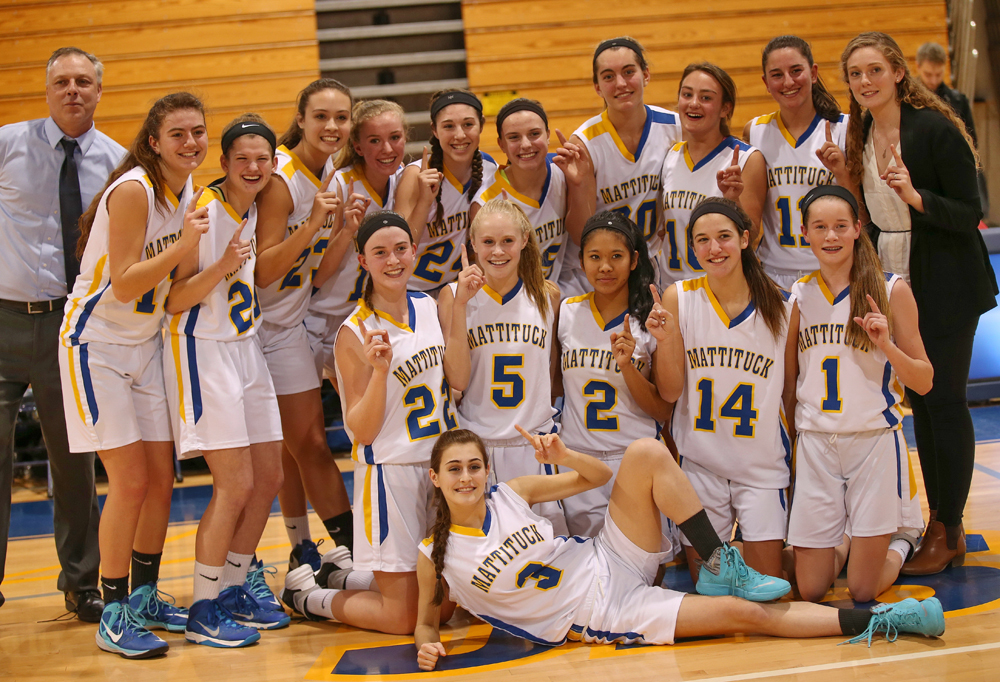 The Class B Long Island champion Mattituck girls basketball team. (Credit: Garret Meade)