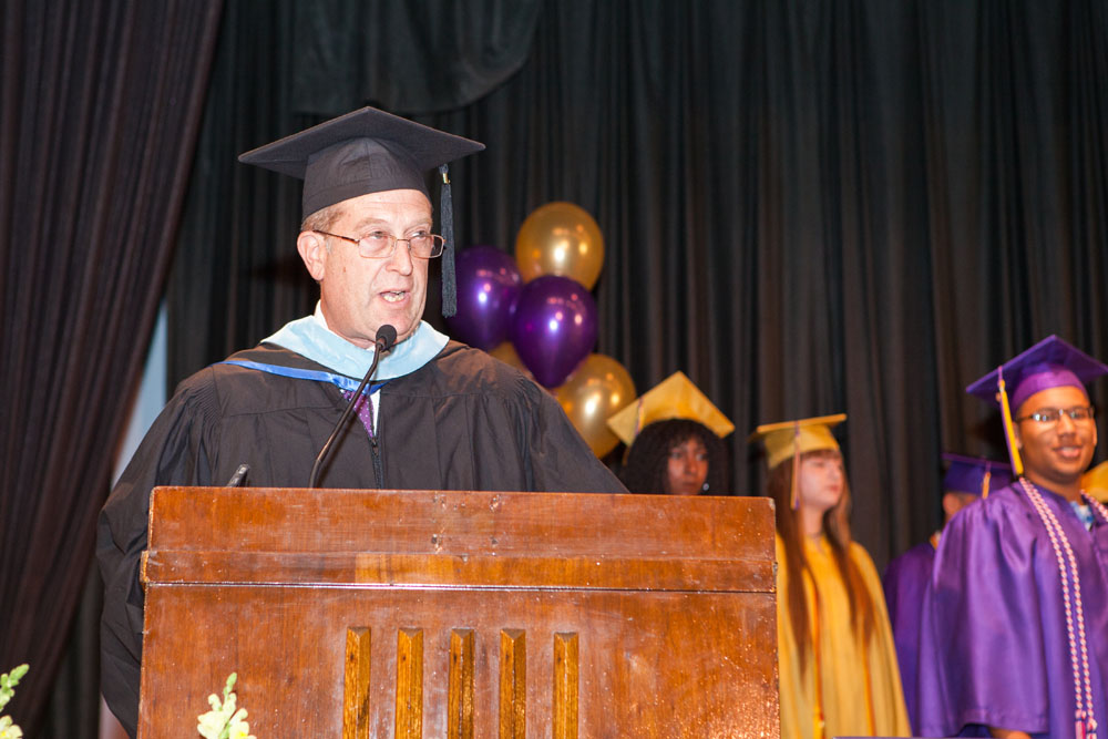 Superintendent David Gamberg welcomes graduates and their families. (Credit: Katharine Schroeder)