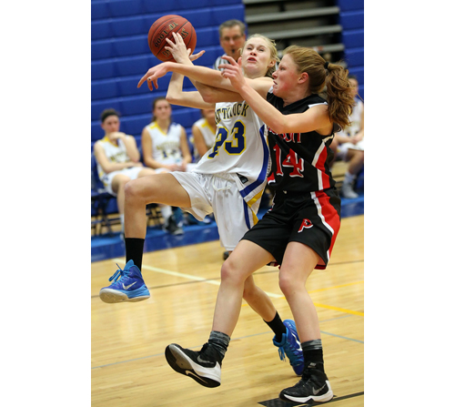 Mattituck basketball player Emily Mowdy 012016