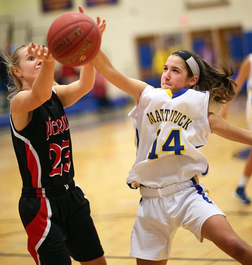 Mattituck basketball player Jane DiGregorio 012616