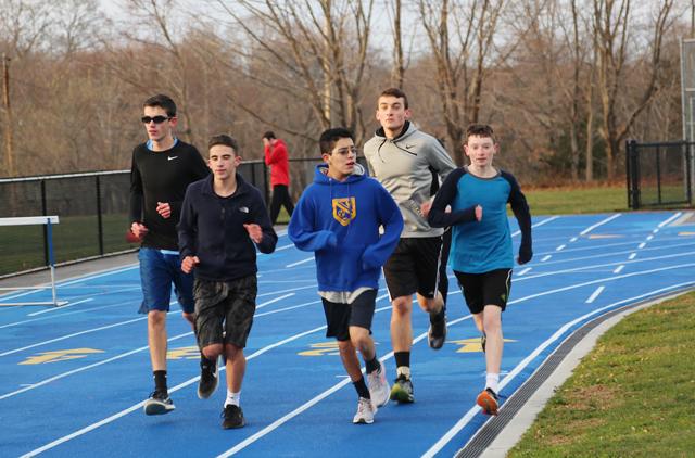 Mattituck_boys_track