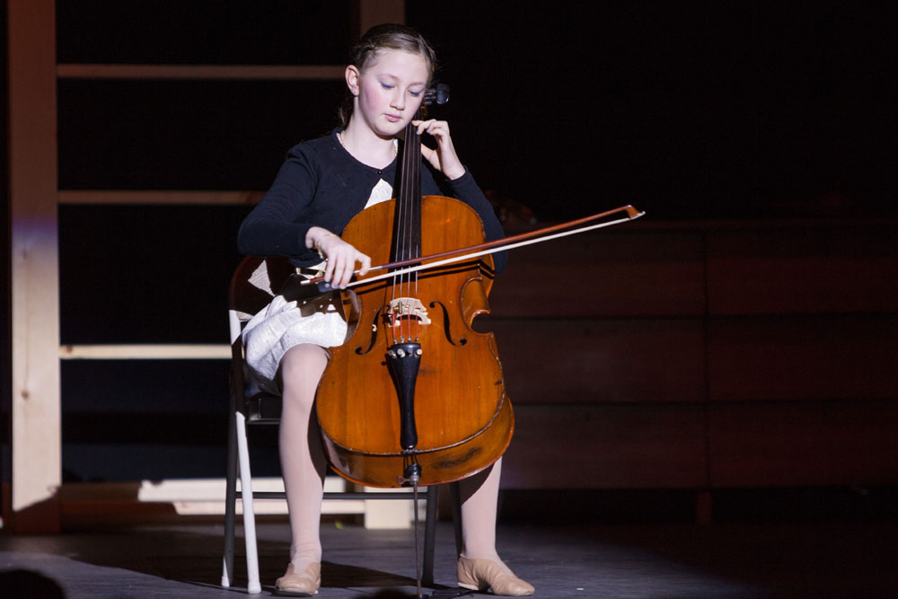 Fallon Spellman performs Bach's Cello Suite No. 1.