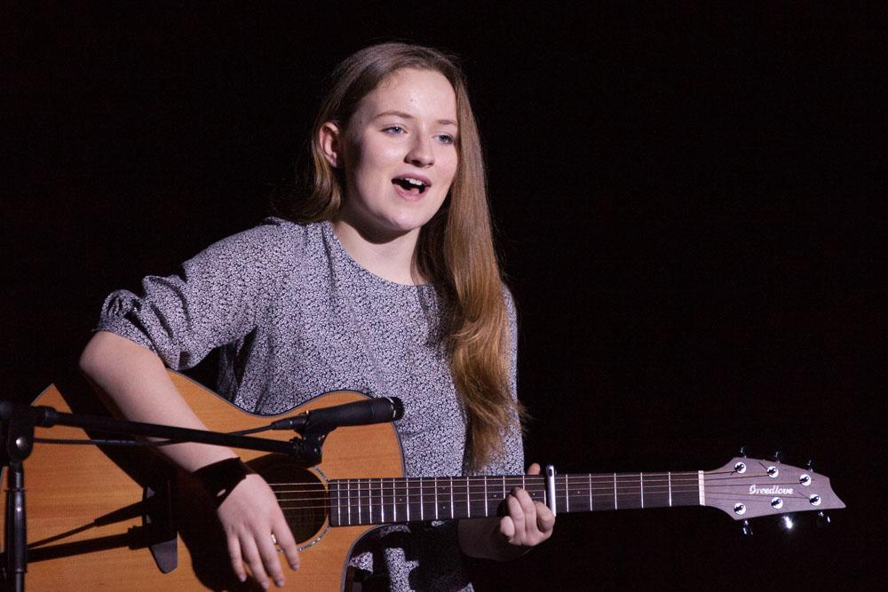 "Daisy Rymer performs ""Emmylou."""