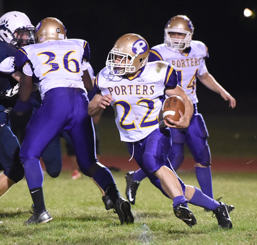 Billy McAllister carries the ball for the Porters earlier this season. (Credit: Robert O'Rourk, file)
