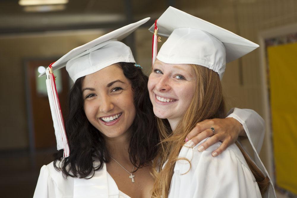 SHD_HS_graduation_ss_02