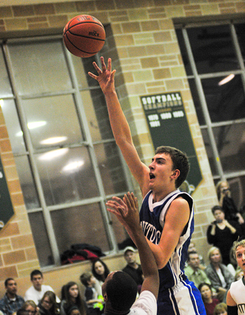 BILL LANDON PHOTO  |  Mattituck senior Tom Sledgeski scored 16 points for the Tuckers Friday night.