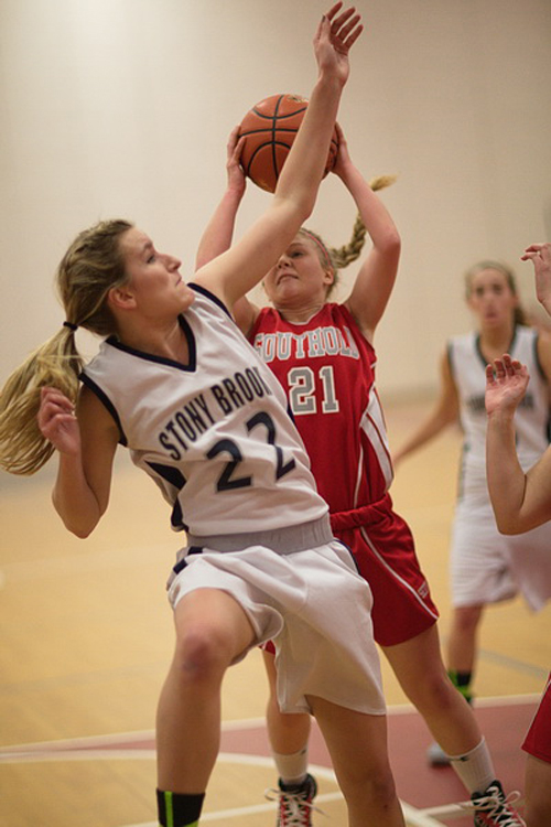 GARRET MEADE PHOTO | Stony Brook's Allie Damianos defending against Southold's Justina Babcock.