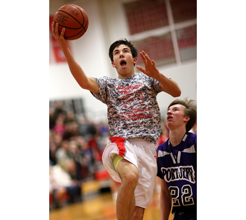 Southold basketball player Pat McFarland 010816
