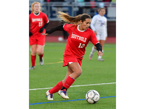 Southold:Greenport soccer player Lucie Showalter 102816