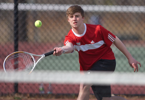 GARRET MEADE PHOTO | Southold/Greenport's first singles player, David O'Day, returning a shot against Hampton Bays' Jack Hilton.