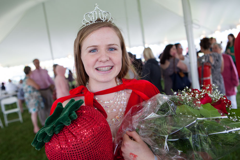 Caroline Keil was all smiles Saturday at the Mattituck Strawberry Festival. (Credit: Katharine Schroeder)