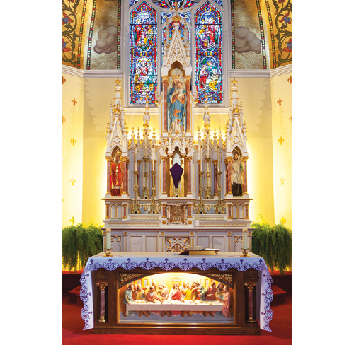 The altar at Our Lady of Ostrabrama in Cutchogue. (Credit: Katharine Schroeder)