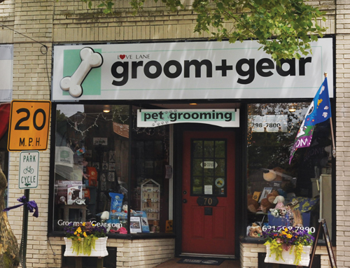 Groom+Gear on Love Lane in Mattituck offers a variety of pet accessories and food in addition to grooming. (Credit: Cyndi Murray)