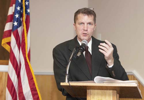 KATHERINE SCHROEDER FILE PHOTO |Supervisor Scott Russell will reflect on 2013 and map out goals for 2014 in his State of the Town speech.
