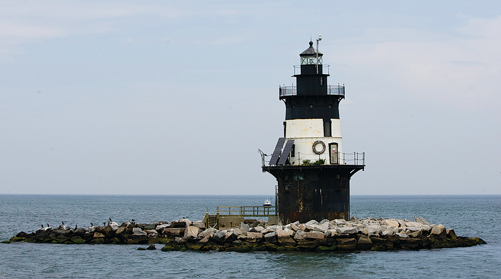T1210_lighthouse_KS_C.jpg