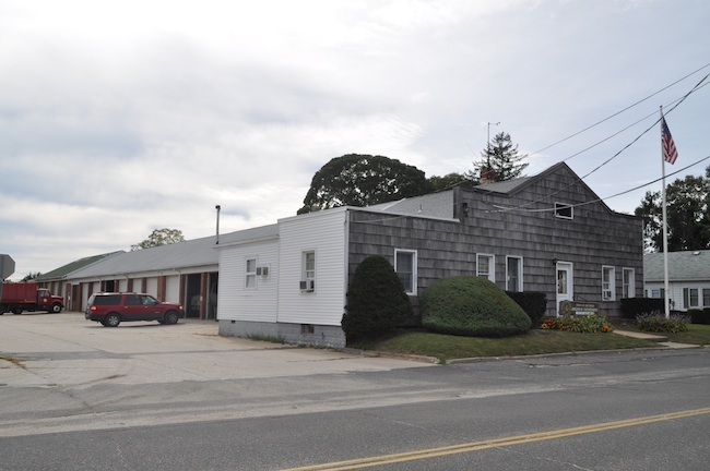 Southold Town Highway Department building on Peconic Lane. (Cyndi Murray file photo)