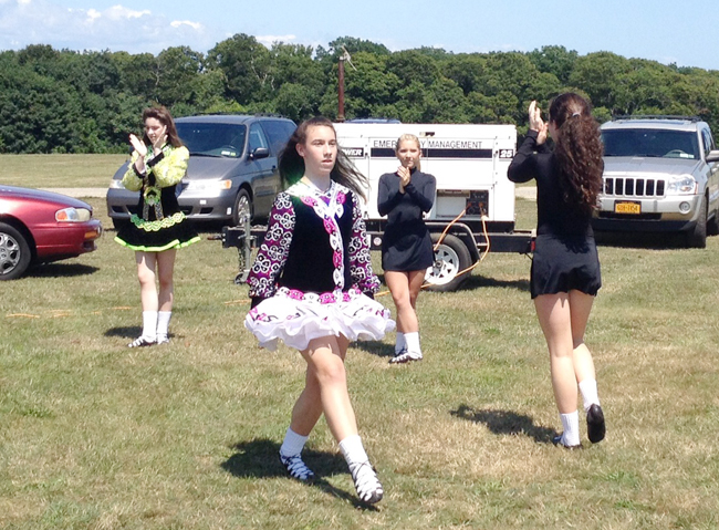 Irish dancing in the park. (Credit: Sonia Spar)