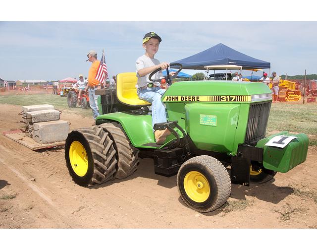 Liapa Tractor Pull At Hallockville Museum Farm Riverhead